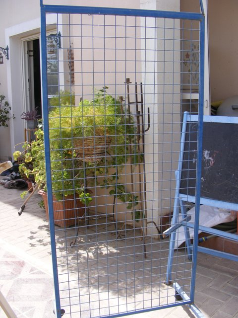 Craft Show Display Racks Wire : Displaying on a metal wire rack