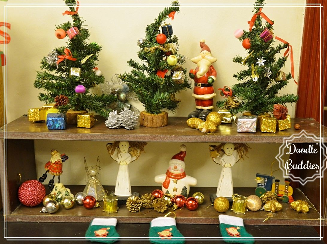 christmas mantle ideas 13