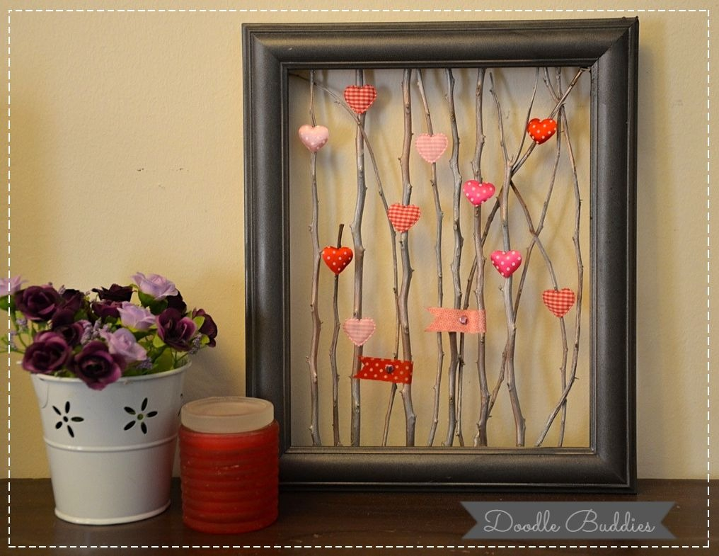 Valentine Twig Picture Frame - This is an easy and fun picture frame diy project. I'm sure we all have had one of our picture frames break accidentally ( or even deliberately ;) )